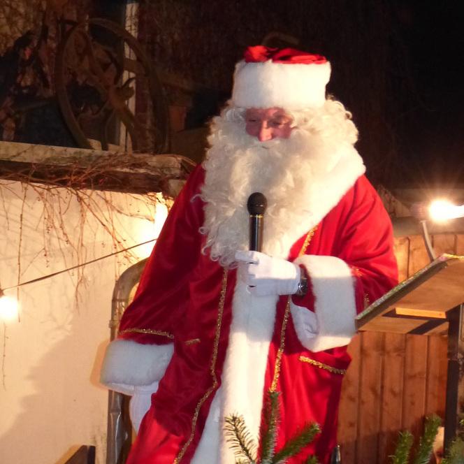 Der Nikolaus zu Besuch in Algert